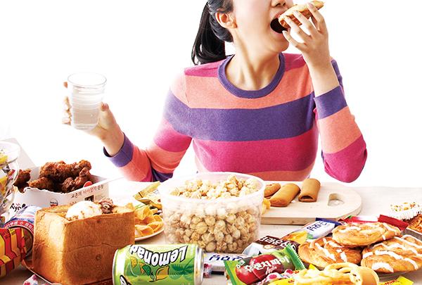 한 번에 많은 음식양은 아이의 비만 야기