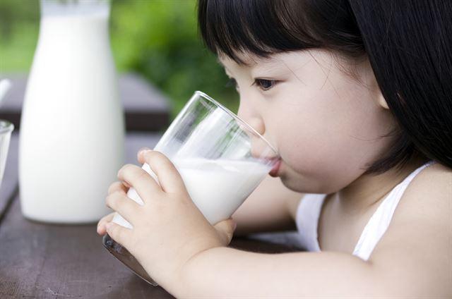 6~10세 사이의 아동 중 50퍼센트가 칼슘 부족