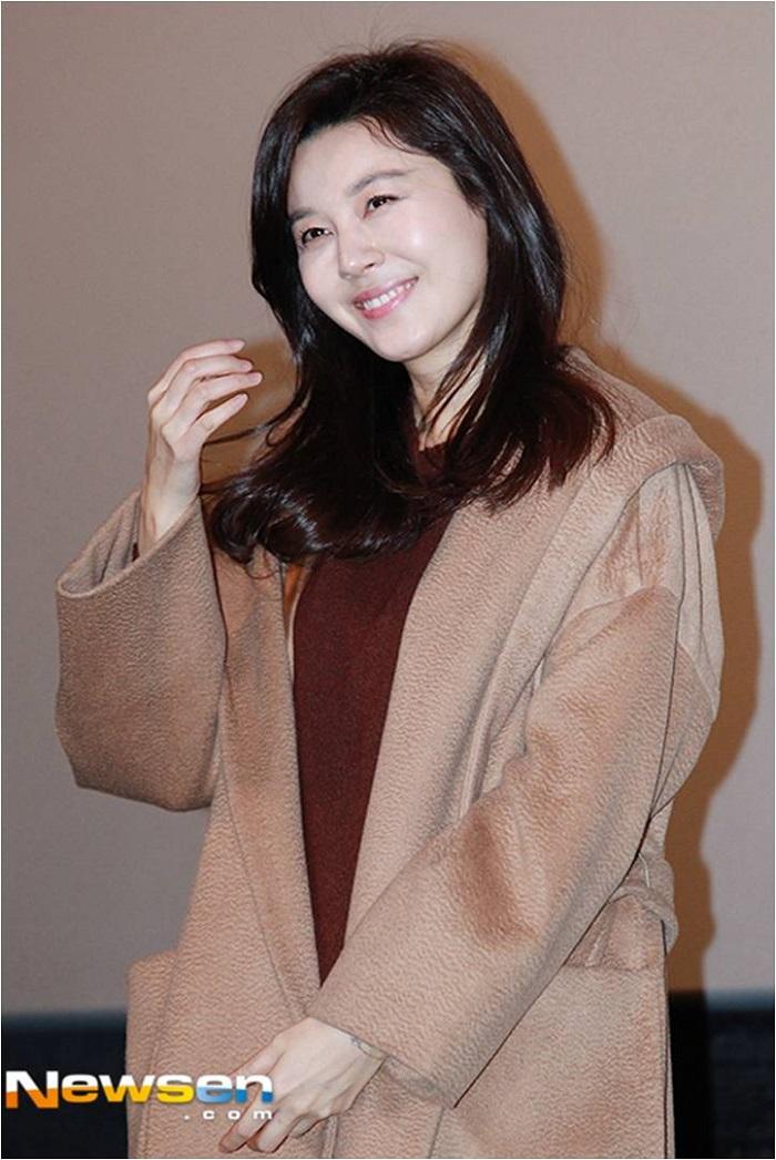 Kim Ha Neul_Dont Forget Me premiere, 9 Jan 2016 (2).jpg