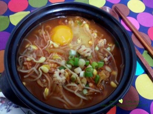 김치콩나물국밥11.jpg