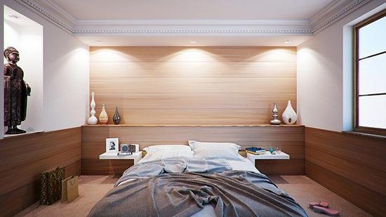 bedroom-416062_640.jpg