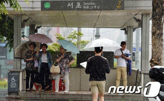 지하철우산.jpg