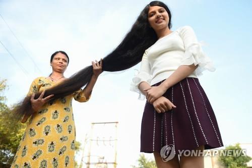 인도 라푼젤 머리카락 190㎝ 여학생