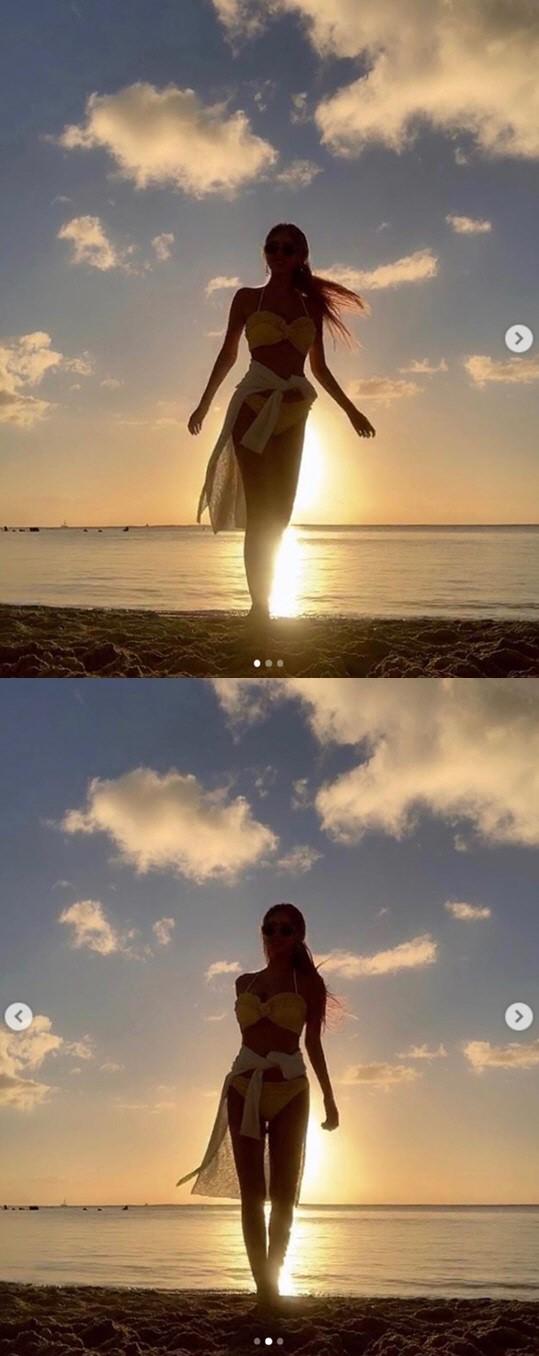 큐리 비키니 사진 이쁘네요.