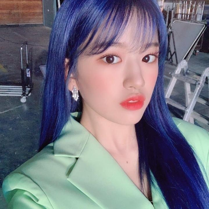 진파랑머리 아이돌