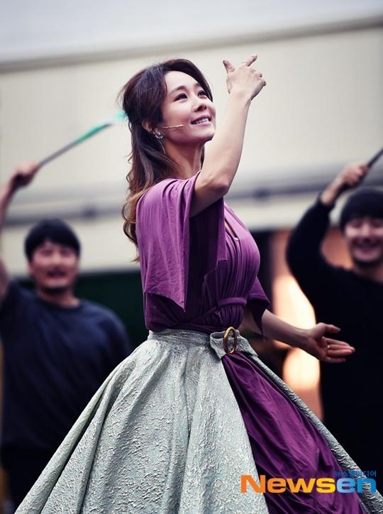 영화 김복동 전석 매입했다는 옥주현