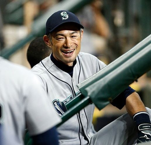이치로가 동네 야구로 데뷔한다네요