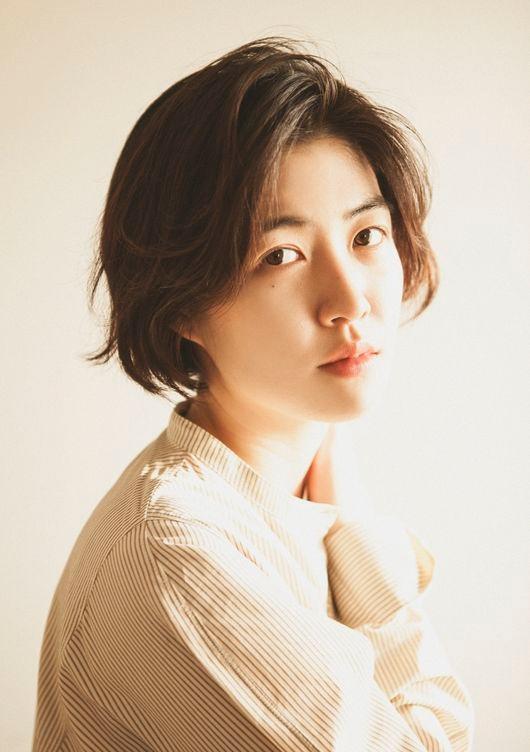 일본 마이니치 영화 콩쿨에서 상받은 심은경