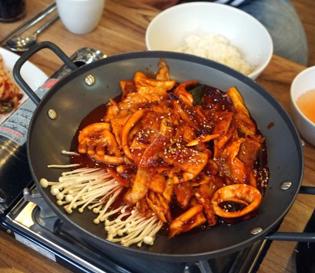 진해 석동 맛집 순두부 전문 천지가, 오삼불고기까지 맛집 인정!