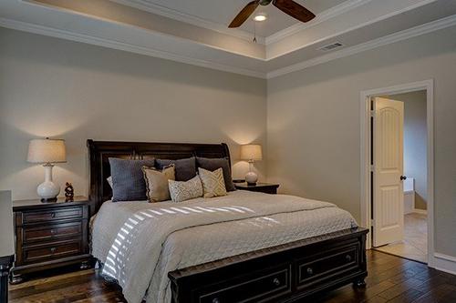 bedroom-1940168_640.jpg
