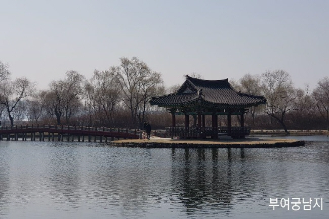 서동공원과 궁남지9.jpg
