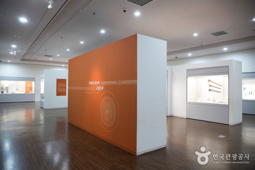 국립부여박물관2.jpg
