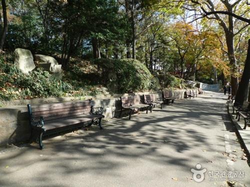 자유공원4.jpg
