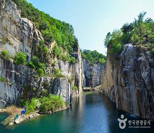포천아트밸리와 포천석 (한탄강 국가지질공원)