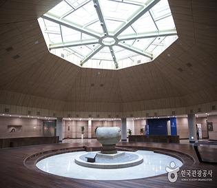 충남 부여군 국립부여박물관