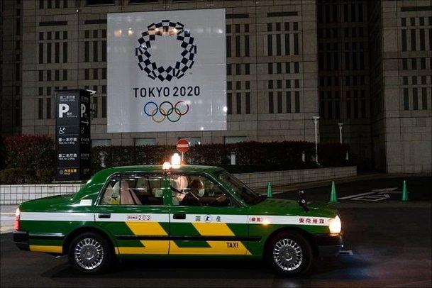 올림픽 연기되자마자 폭증하는 일본 확진자
