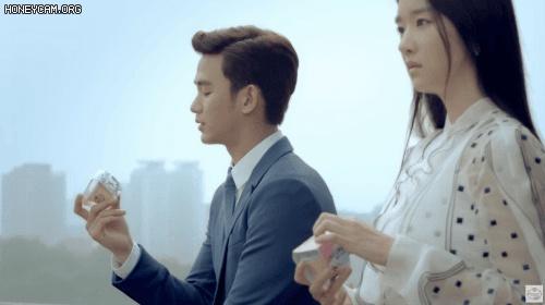 서예지 김수현하고 6년전에 광고에서