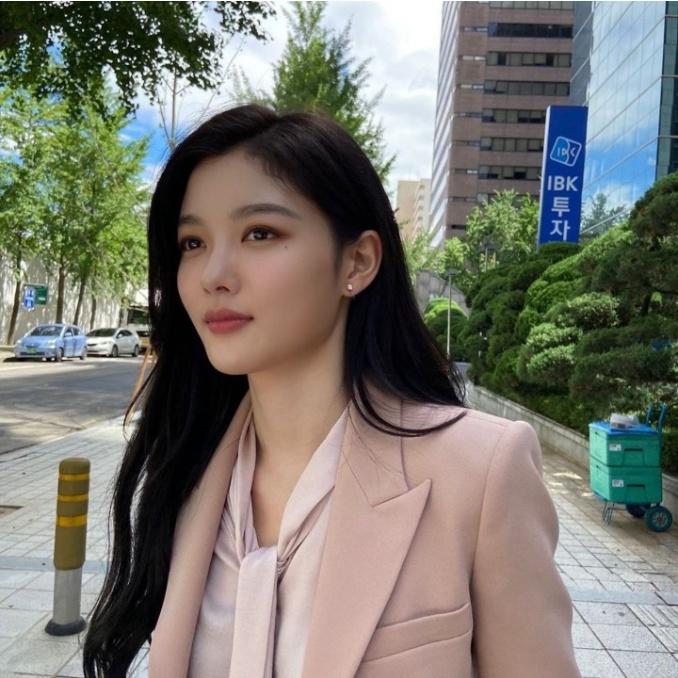 김유정 너무 이뻐짐