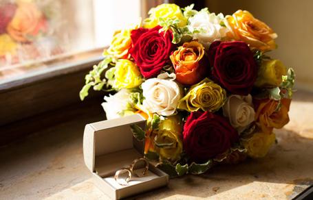 선물받은 꽃, 쉽게 시들지 않게 하는 비법은?